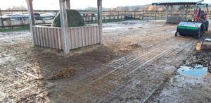 Abäppelmaschine Farm Servant für den Offenstall